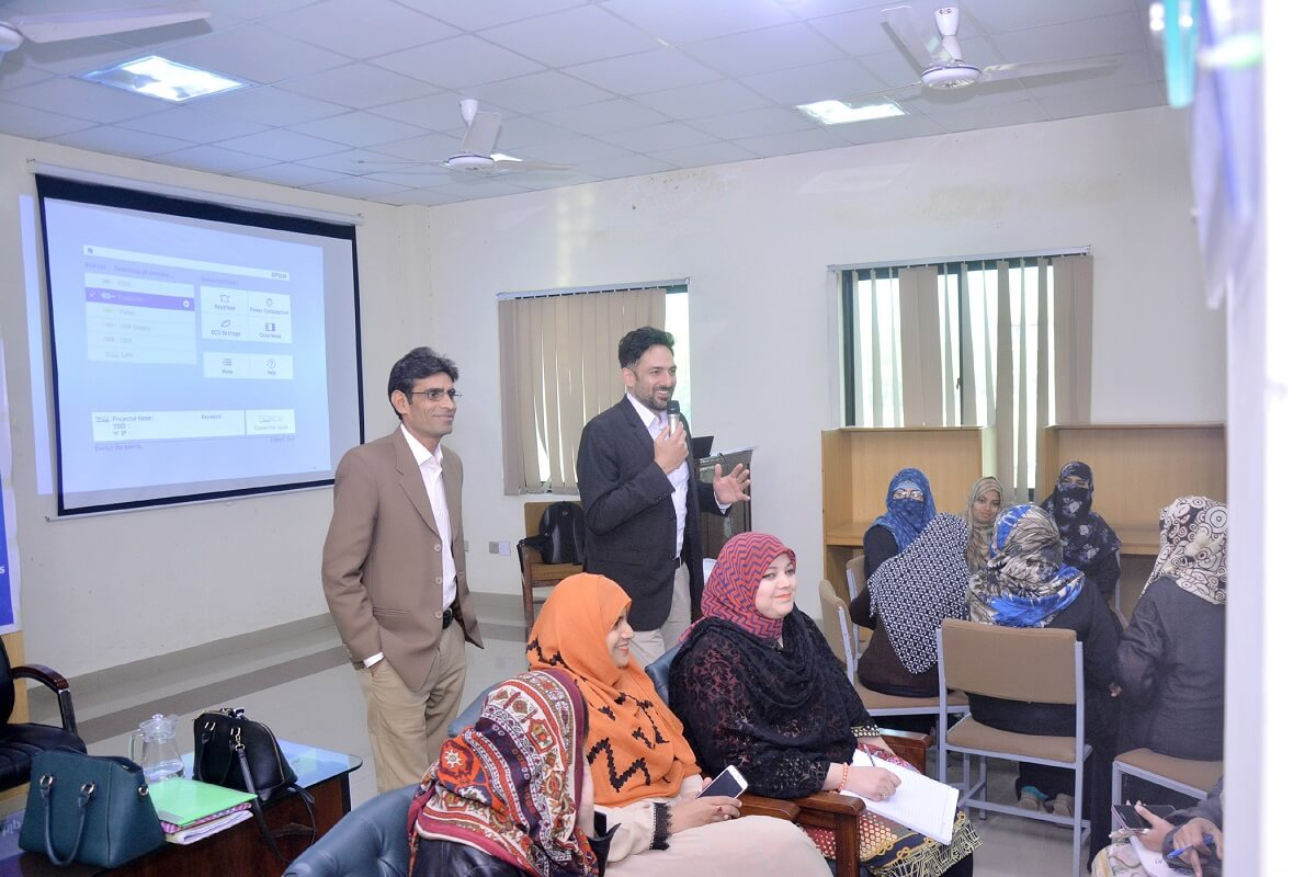 Dr. Hasnain Bokhari's Visit to UO - Day 04