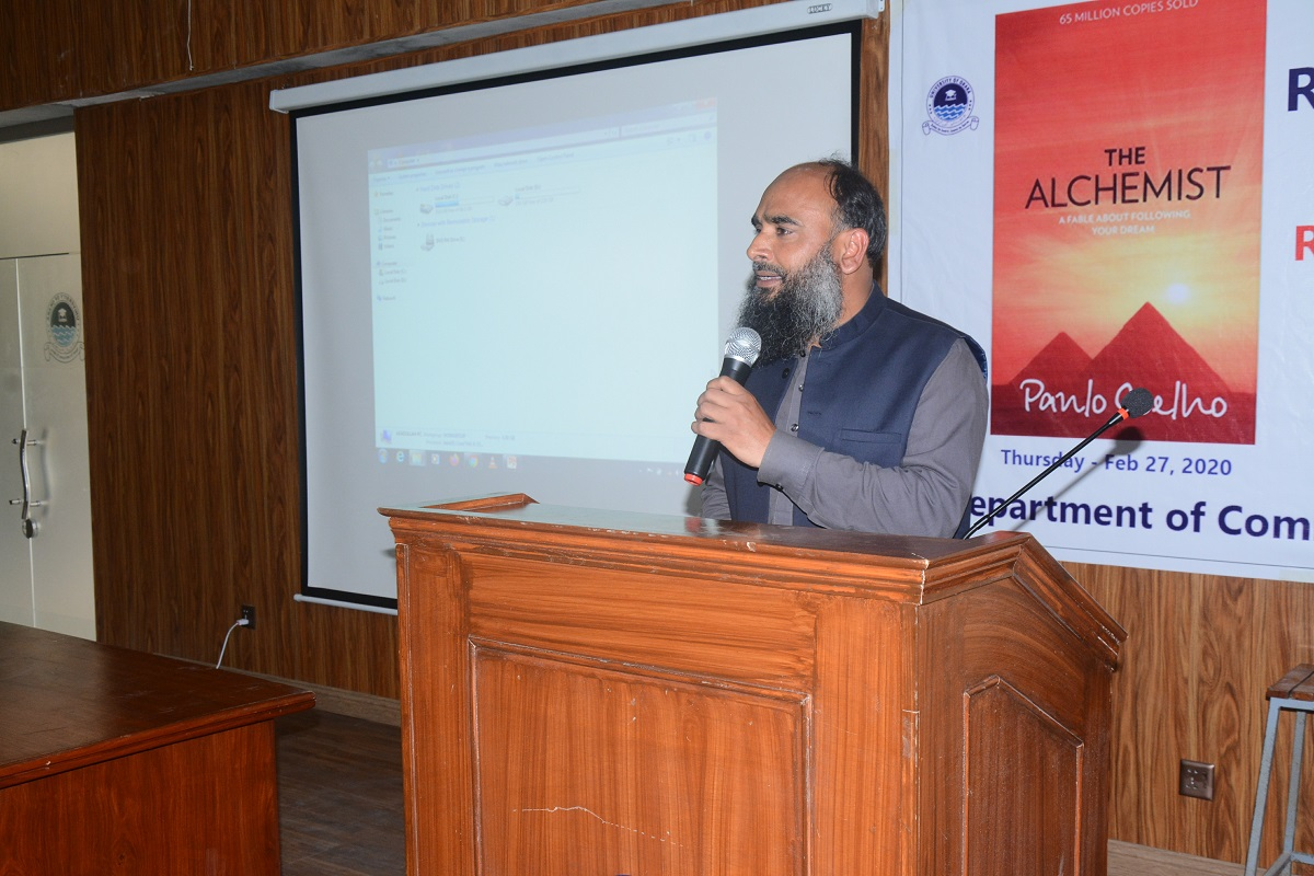 Communication Studies Department Holds Seminar on 'The Alchemist'!