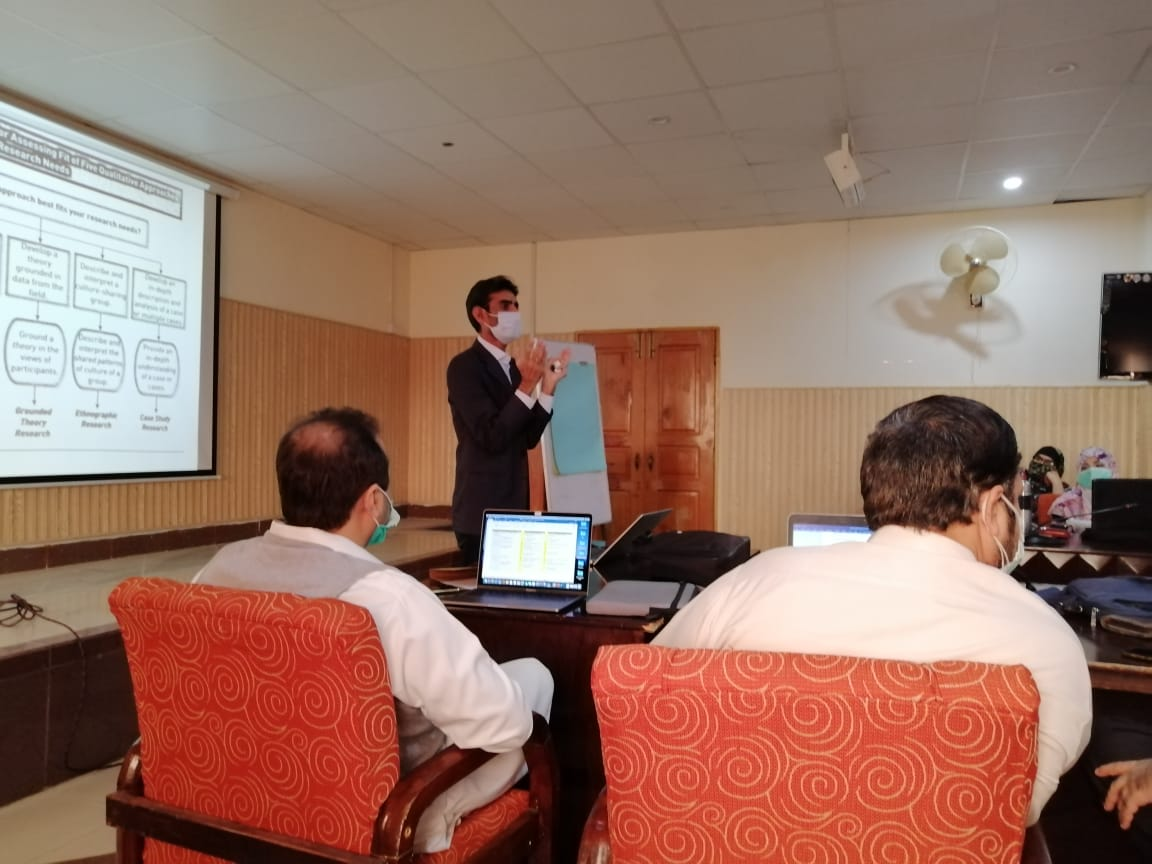 Dr. Syed A. Waheed' Workshop at Khyber Medical University!
